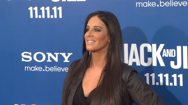 vidéos et rushes de patti stanger at the 'jack and jill' world premiere at westwood ca - westwood