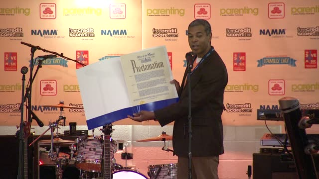 paul cothran vh1 save the music foundation executive director announces the official proclamation from the mayor's contents at the vh1 save the music... - executive director stock videos & royalty-free footage