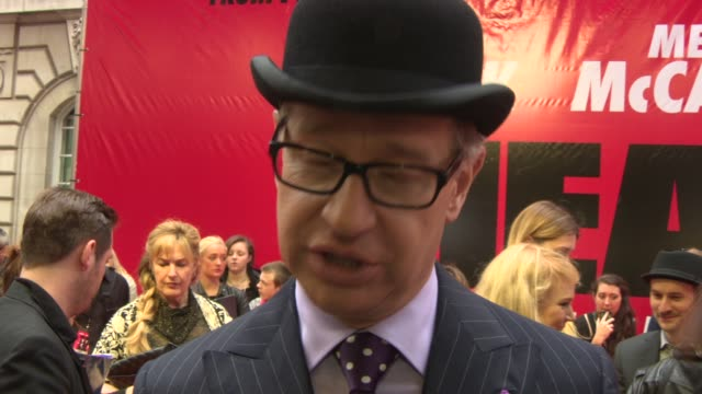 paul feig on working with melissa mccarthy and sandra bullock, bring them together, the pressure after making 'bridesmaids', working on 'the heat 2'... - メリッサ・マッカーシー点の映像素材/bロール
