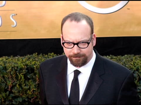 paul giamatti at the 2005 screen actors guild sag awards arrivals at the shrine auditorium in los angeles california on february 5 2005 - 映画俳優組合点の映像素材/bロール