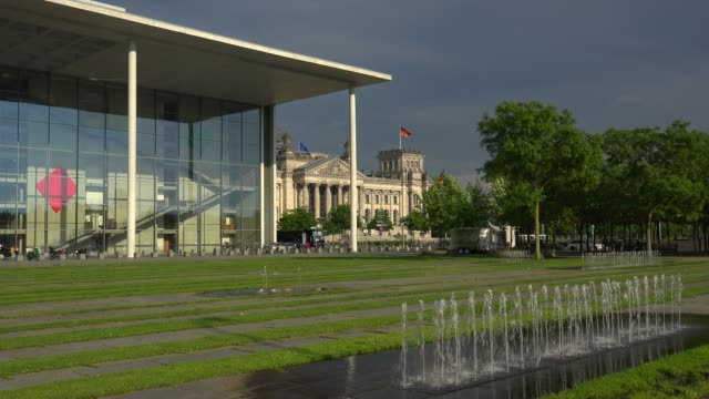 paul lobe house and reichstag building, berlin, germany, europe - lobe stock videos & royalty-free footage