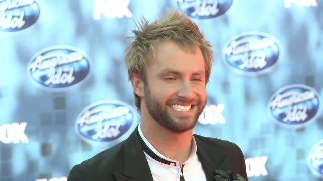 paul mcdonald at the fox's 'american idol 2011' finale results show at los angeles ca - results show stock videos & royalty-free footage