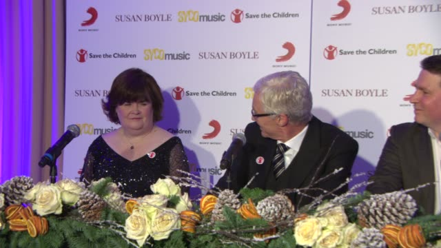 stockvideo's en b-roll-footage met interview paul o'grady announcing susan boyle as a save the children ambassador at susan boyle press conference at sony music on october 28 2013 in... - paul o'grady
