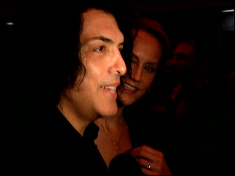 vídeos de stock, filmes e b-roll de paul stanley at the billy crystal 700 sundays at wilshire theatre in beverly hills california on january 12 2006 - billy crystal