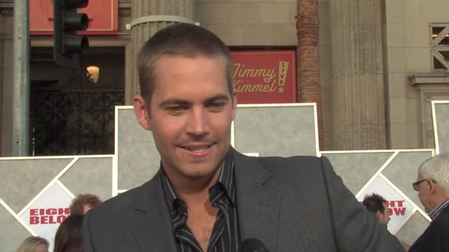 paul walker on working in cold weather, being hot during most of the shoot because he wore so much cold weather gear, getting more muscular from... - première stock-videos und b-roll-filmmaterial