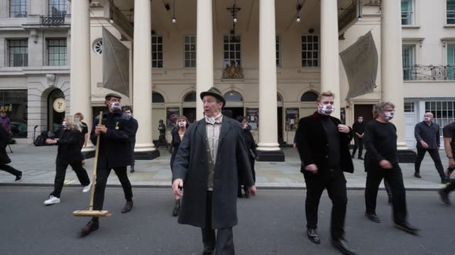 paul whitehouse and cast at theatre royal haymarket on september 3, 2020 in london, england. - theatre royal haymarket stock videos & royalty-free footage