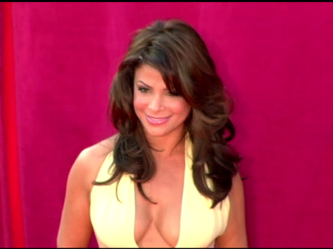 stockvideo's en b-roll-footage met paula abdul at the 2005 emmy awards at the shrine auditorium in los angeles california on september 18 2005 - 2005
