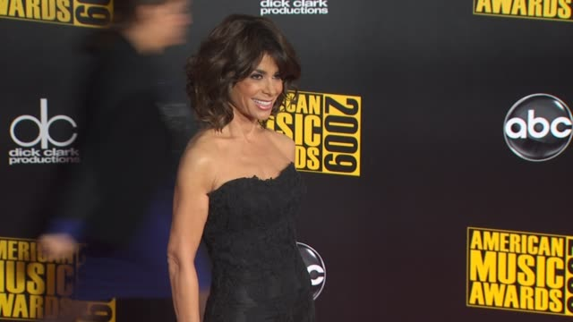 paula abdul at the 2009 american music awards arrivals at los angeles ca - paula abdul stock videos & royalty-free footage