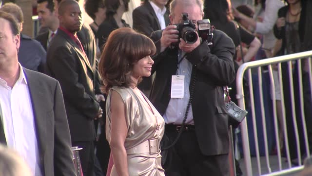 paula abdul at the 'swing vote' premiere at los angeles ca - paula abdul stock videos & royalty-free footage