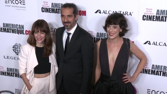 vídeos y material grabado en eventos de stock de paula ortiz belen cuesta at 30th annual american cinematheque awards gala in los angeles ca - premio american cinematheque