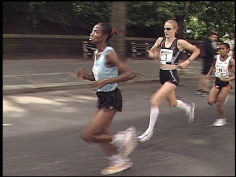 paula radcliffe running nyc mini / radcliffe sets new course record / radcliffe speaking to camera before and after race paula radcliffe running nyc... - radcliffe camera stock videos and b-roll footage