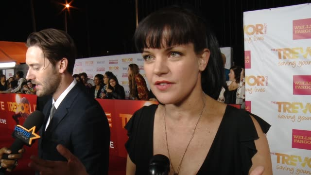 interview pauley perrette on supporting the cause on work and on her holiday plans at 16th annual trevor project benefit presented by wells fargo in... - markenname stock-videos und b-roll-filmmaterial