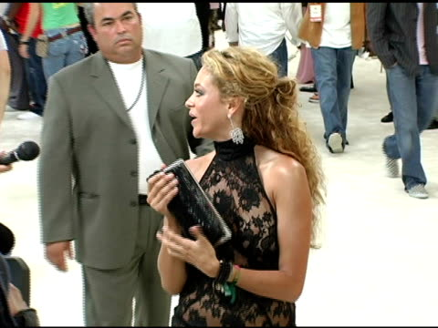 vidéos et rushes de paulina rubio at the 2005 mtv video music awards arrivals at american airlines arena in miami, florida on august 28, 2005. - translucide