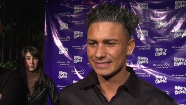pauly d on dj ing this event on coming out to support seth rogen on how alzheimer's has affected him at hilarity for charity benefiting the... - seth rogen stock videos and b-roll footage