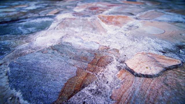 石造りの通路 - 水平アングル点の映像素材/bロール