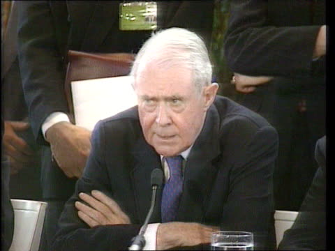 peace plan signed; greece athens lms cyrus vance and lord david owen towards with representatives from all sides cms side cyrus vance and lord david... - ラドヴァン カラジッチ点の映像素材/bロール