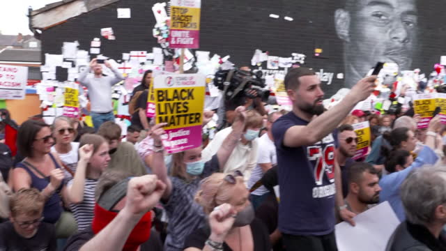 peaceful protest at messages of support at marcus rashford mural in withington, after it was defaced with racist graffiti after england lost the euro... - failure stock videos & royalty-free footage