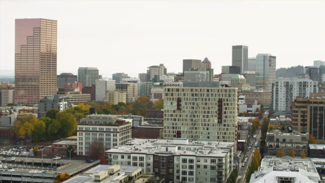 WS HA Pearl district skyline / Portland, Oregon, USA