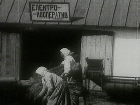 peasants making hay at threshing floor - communism stock videos & royalty-free footage