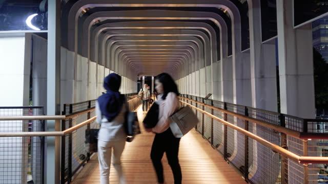 pedestrian crossing footbridge - aufführung stock-videos und b-roll-filmmaterial