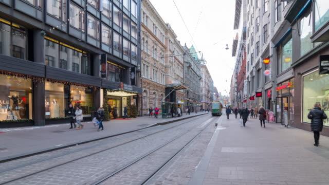 Voetganger kraaide in Helsinki, Finland