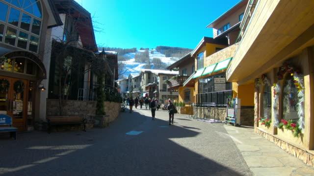 pedestrian zone, vail, colorado, ski slope - colorado stock videos & royalty-free footage