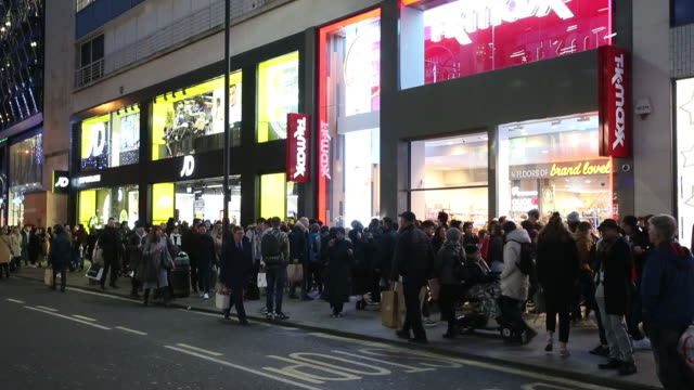 pedestrians on oxford street, regent street and oxford circus in london, u.k. on friday, nov. 29, 2019. u.k. consumer confidence remained subdued in... - 2010 2019 stock videos & royalty-free footage