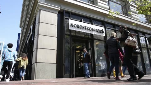 stockvideo's en b-roll-footage met pedestrians walk past a nordstrom inc. store at the westfield san francisco shopping centre in san francisco, california, us, on tuesday, may 12,... - shopping centre