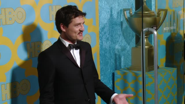 vídeos de stock, filmes e b-roll de pedro pascal at the hbo's post 2015 golden globe awards party at the beverly hilton hotel on january 11, 2015 in beverly hills, california. - the beverly hilton hotel