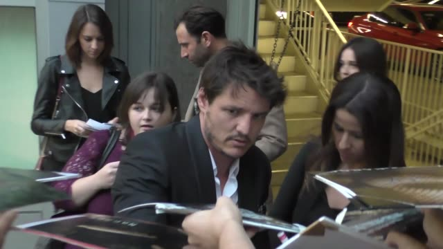 pedro pascal outside the narcos season 2 premiere at arclight theatre in hollywood at celebrity sightings in los angeles on august 24 2016 in los... - pedro pascal stock videos & royalty-free footage