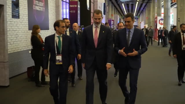 Pedro Sánchez waited for the King and then entered to attend one of the conventions at the Mobile World Congress