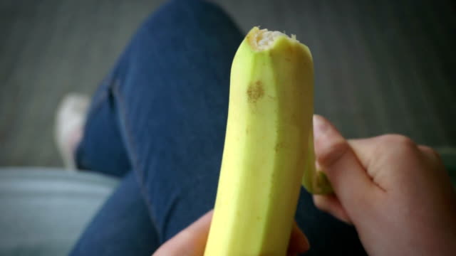 peeling banana   fo - banana stock videos & royalty-free footage