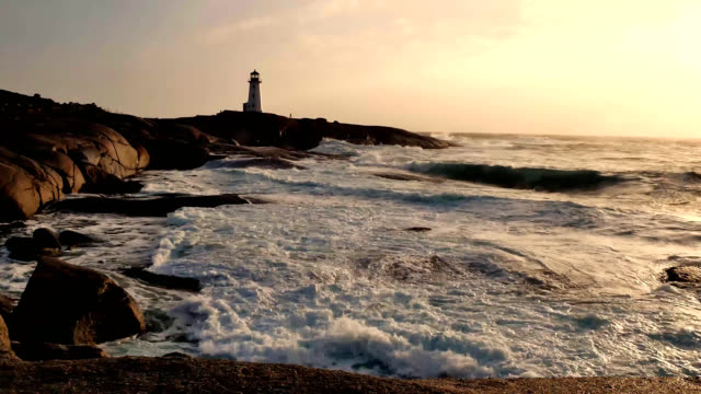 stockvideo's en b-roll-footage met peggys cove storm 3 - canada