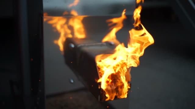 pelletskamin brännare - kornig bildbanksvideor och videomaterial från bakom kulisserna