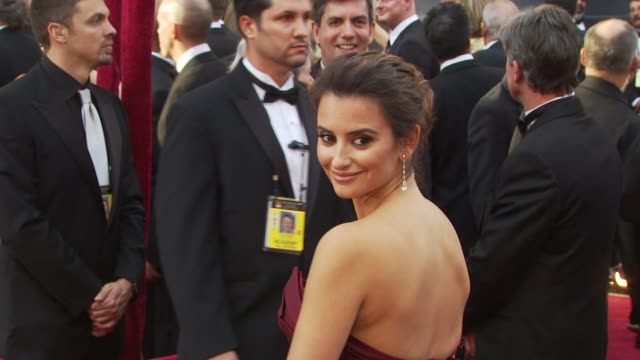 Pen_lope Cruz at the 82nd Annual Academy Awards Arrivals at Hollywood CA