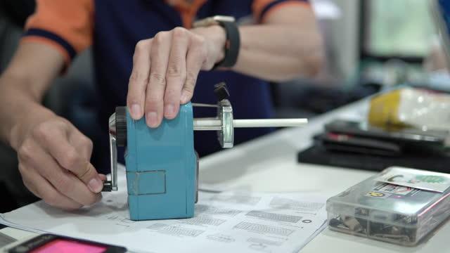 pencil sharpener. - pencil sharpener stock videos & royalty-free footage