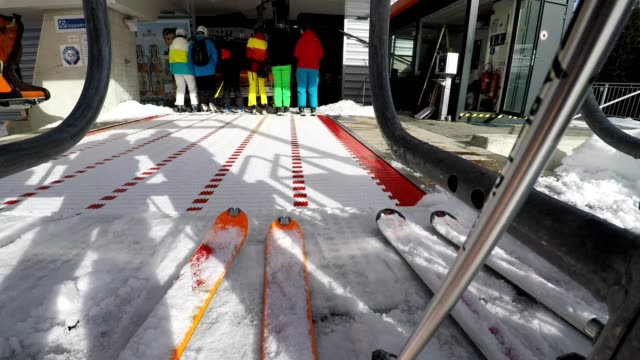 pov, pending in the queue at the chairlift, bolsterlang, allgau, bavaria, germany - wintersport stock-videos und b-roll-filmmaterial