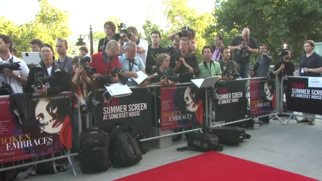 vídeos de stock e filmes b-roll de penelope cruz at the broken embraces film four summer screen premiere at london england - cultura espanhola
