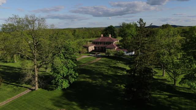 pennsylvania dutch barns - prosperity stock videos & royalty-free footage