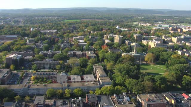 ws aerial ds pennsylvania state university campus / university park, pennsylvania, united states - pennsylvania stock-videos und b-roll-filmmaterial