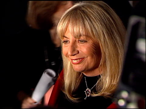 penny marshall at the 1997 fire and ice ball on december 3 1997 - ペニー マーシャル点の映像素材/bロール