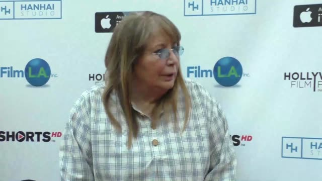 penny marshall at the hollywood film festival opening night at arclight theatre in hollywood in celebrity sightings in los angeles - ペニー マーシャル点の映像素材/bロール
