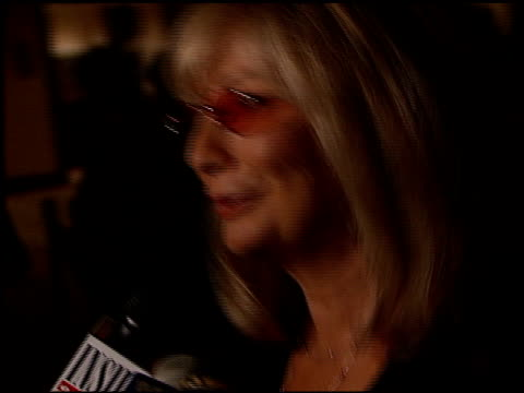 penny marshall at the ms society dinner of champions at the century plaza hotel in century city california on september 9 1999 - ペニー マーシャル点の映像素材/bロール