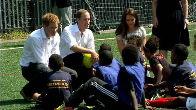 penultimate day of olympic torch relay / day's events east london ext prince william duke of cambridge catherine duchess of cambridge and prince... - table tennis bat stock videos & royalty-free footage