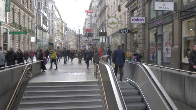 people and subway karntner strasse on graben at christmas, vienna, austria, europe - vienna austria stock videos & royalty-free footage