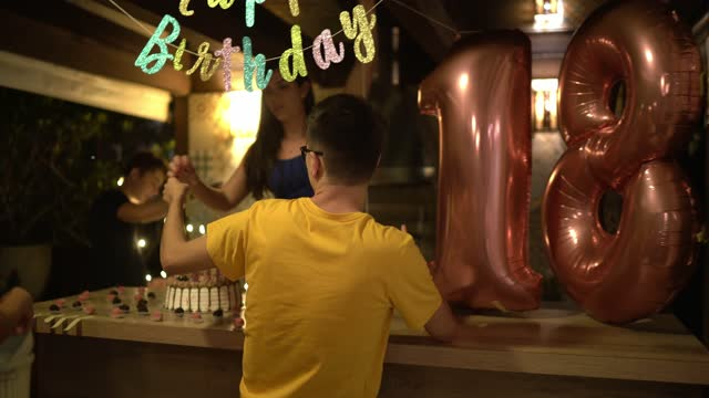 people arringing things for a birthday party - decoration stock videos & royalty-free footage