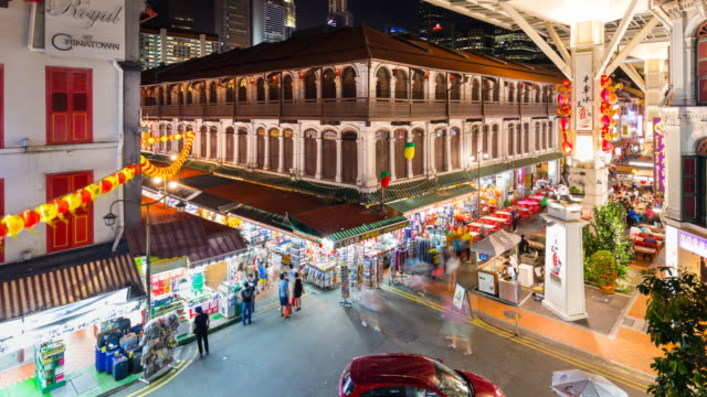 tl ms people at chinatown market at night - mercato all'aperto video stock e b–roll