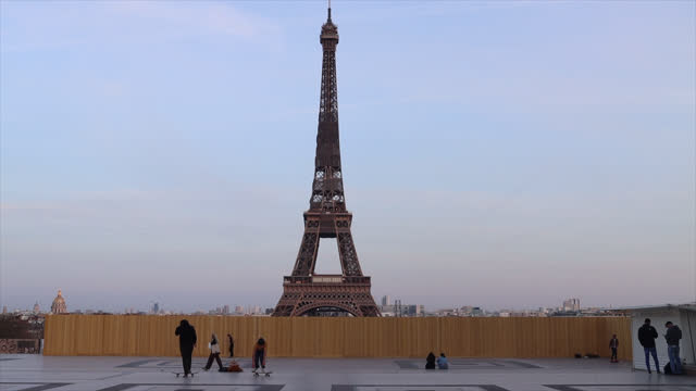 people at the trocadero in front of the eiffel tower - non urban scene stock-videos und b-roll-filmmaterial