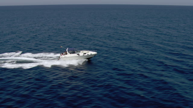 people boating in mediterranean - schnellboot stock-videos und b-roll-filmmaterial