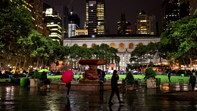 people bryant park. rain. - bryant park stock videos and b-roll footage